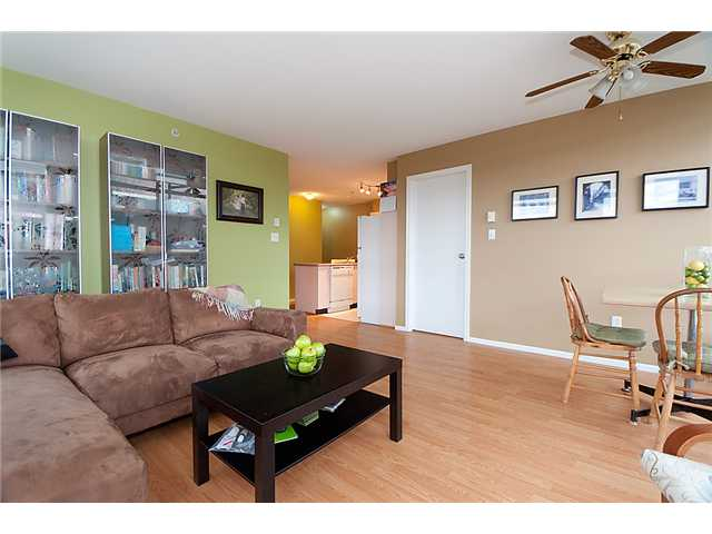 # 303 418 E BROADWAY BB - Mount Pleasant VE Apartment/Condo for sale, 2 Bedrooms (V877037) #2
