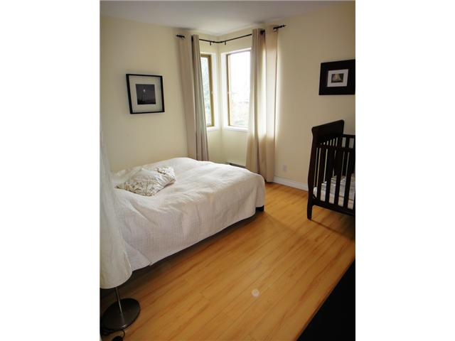 # 301 137 W 17TH ST - Central Lonsdale Apartment/Condo for sale, 1 Bedroom (V887308) #1