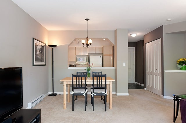 # 211 3770 MANOR ST - Central BN Apartment/Condo for sale, 1 Bedroom (V950004) #17